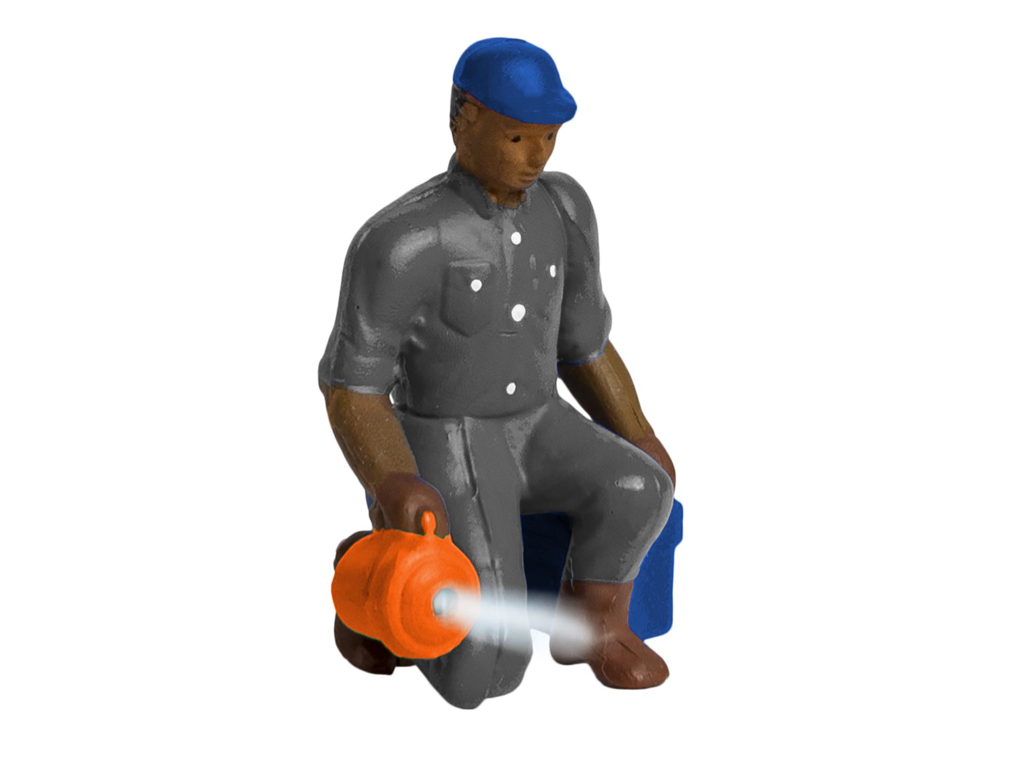 Lionel 1930350 O Man w/ Flashlight Lighted Figure 434-1930350